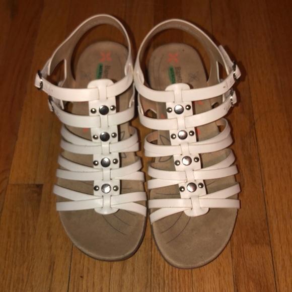 BareTraps Shoes - baretraps sandels